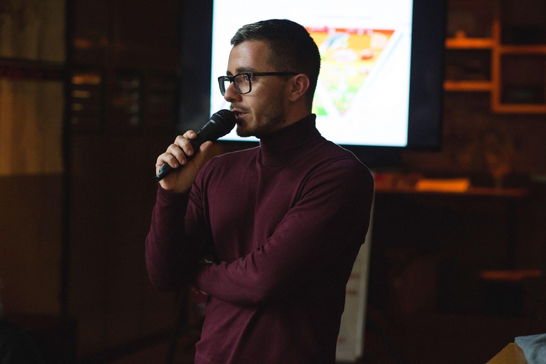 Симеон Василев от GLAS е сред героите в световната кампания на PlanetRomeo